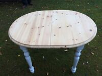 PINE DINING TABLE EXTENDING