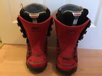Thirty two Snowboard Boots Youth size 4