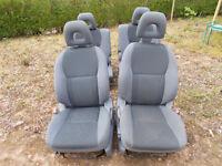2003-2005 TOYOTA RAV4 5 DOOR - CLOTH SEATS FULL SET EXCELLENT