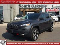 2014 Jeep Cherokee Trailhawk   VERY RARE FIND  