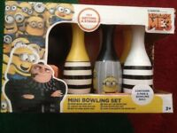 DESPICABLE ME 3 - MINI BOWLING SET NEW WITH BOX