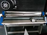 Hot and cold laminator