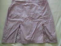 Glenmuir Ladies Golf Skort. Lilac with pleats. Size 16. VGC.
