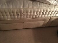 Visprng king size bed good as new