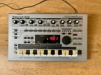 Roland MC-303 Drum Machine / Synth / Groovebox Vintage