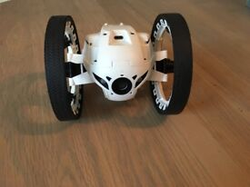 Parrot mini drone - jumping sumo