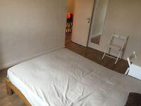 Amazing Double Room Available Now for Rent In Crossharbour - FANTASTIC LOCATION!