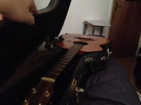 Acoustic guitar for sale, very rarely sold second hand, FRESHMAN FA300GA, private sale