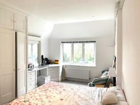 Rent Large Double Room Ensuite close to Chingford Mount
