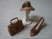 Minature shoe,hat & bag collectables