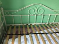 bed no mattress
