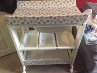 Baby changing unit with bath inside in brilliant condition hardly used