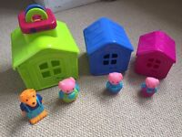 3 Little Pigs houses and figures