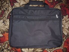 2 laptop bags for sale