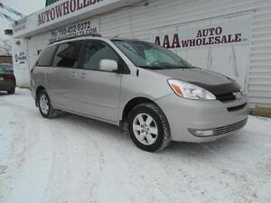 2004 Toyota Sienna LE LOADED