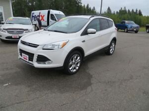2013 Ford Escape SEL AWD, NAVI, LEATHER, SUNROOF!