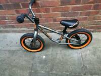 Mongoose Scan R12 BMX Balance Bike
