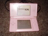 NINTENDO DS LITE PINK WITH CHARGER