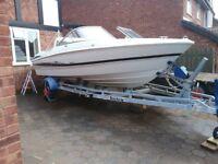 Maxum 1800 SR3 bowrider speed boat. 4.3l MPI V6 220hp