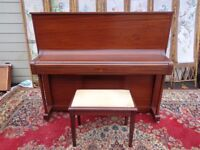 MODERN 1980,S WELMAR UPRIGHT PIANO IN SUPERB MINT CONDITION CASE PROFESSIONAL MUSICIANS INSTRUMENT