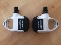 Massi Road Bike Pedals white and red cleats £15