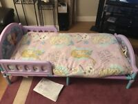 Toddler bed frozen