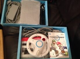 Wii plus MarioKart, Wii remote, steering wheel