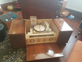 Vingtage record player / stereogram REDUCED! ***