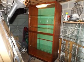 LARGE DISPLAY CABINET IN DARK MAHOGANY -4 X GLASS DOORS AND 3 X SHELVES-2 X LIGHTS-GOOD CONDITION