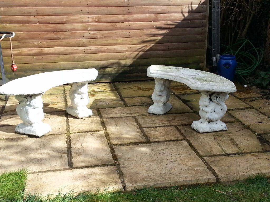 Curved Stone Concrete Squirrel Garden Benches Seats