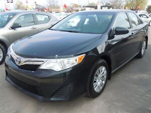 2012 TOYOTA CAMRY LE - BLUETOOTH, CRUISE, KEYLESS ENTRY, POWER W