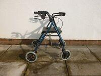 Walking frame/seat. with brakes