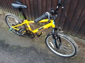 Boys Apollo Bicycle [ages 6 to 10]. Very good, clean working condition.