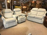 G PLAN WILTON BEIGE FABRIC THREE PIECE SUITE 2 SEATER SOFA AND PAIR OF= RISE AND RECLINER ARMCHAIRS