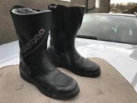 Daytona Voyager GTX motorcycle boots