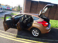 2013 FORD FOCUS ZETEC 125 AUTOMATIC ONLY 10K MILEAGE 1 FORMER OWNER COME WITH 3 MONTHS WARRANTY
