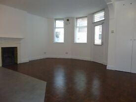 Newly renovated 2 double bedroomed lower ground floor split level garden conversion. Set in the