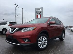 2014 Nissan Rogue SV-ACCIDENT FREE-7 PASSENGER-LOW LOW KM'S!!!!