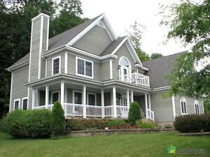 539 000$ - Maison 2 étages à vendre à Lac-Brome