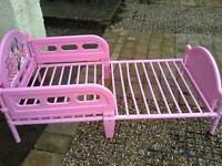 pink disney bed & mattress Clean condition