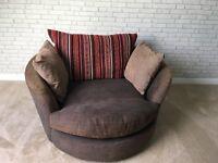 Snuggle, swivel chair (gillies)