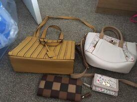 2x Newlook handbags