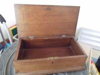 Attractive vintage oak box