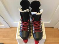 BAUER Vapour X40 Ice Hockey Skates UK Size 7.5 -8.0