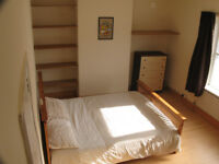 Massive DOUBLE ROOM in fully furnished house with Jacuzzi. (£360 Inc All Bills)