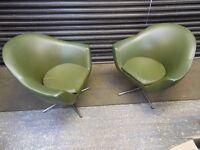 Vintage Retro 1960s/70s Avocado Green Vinyl Swivel Tub Chair with chrome base