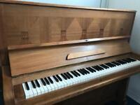 Kaps upright piano