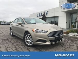 2016 Ford Fusion SE, Navigation, Only 13, 445 km's!!!