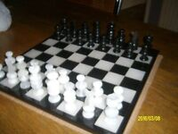 Glass chess set, 3 inch king, 13/14 inch board