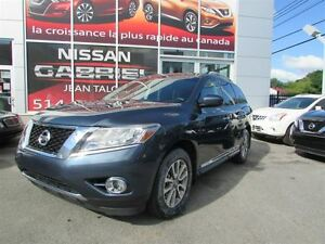 2014 Nissan Pathfinder SL 4WD ONE OWNER/AWD/LEATHER/BACK UP CAM/